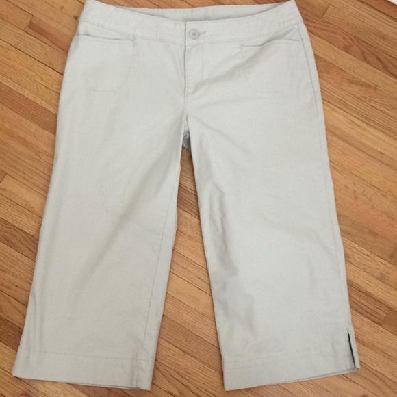 7e330c6e2 Woolrich Pants   Capris In Sand Color Stretchy   Poshmark